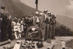 Erste Bewerbsgruppe mit ihrer Ausrüstung